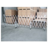 Heavy Duty Expanding Barriers 1.43 x 6.7m